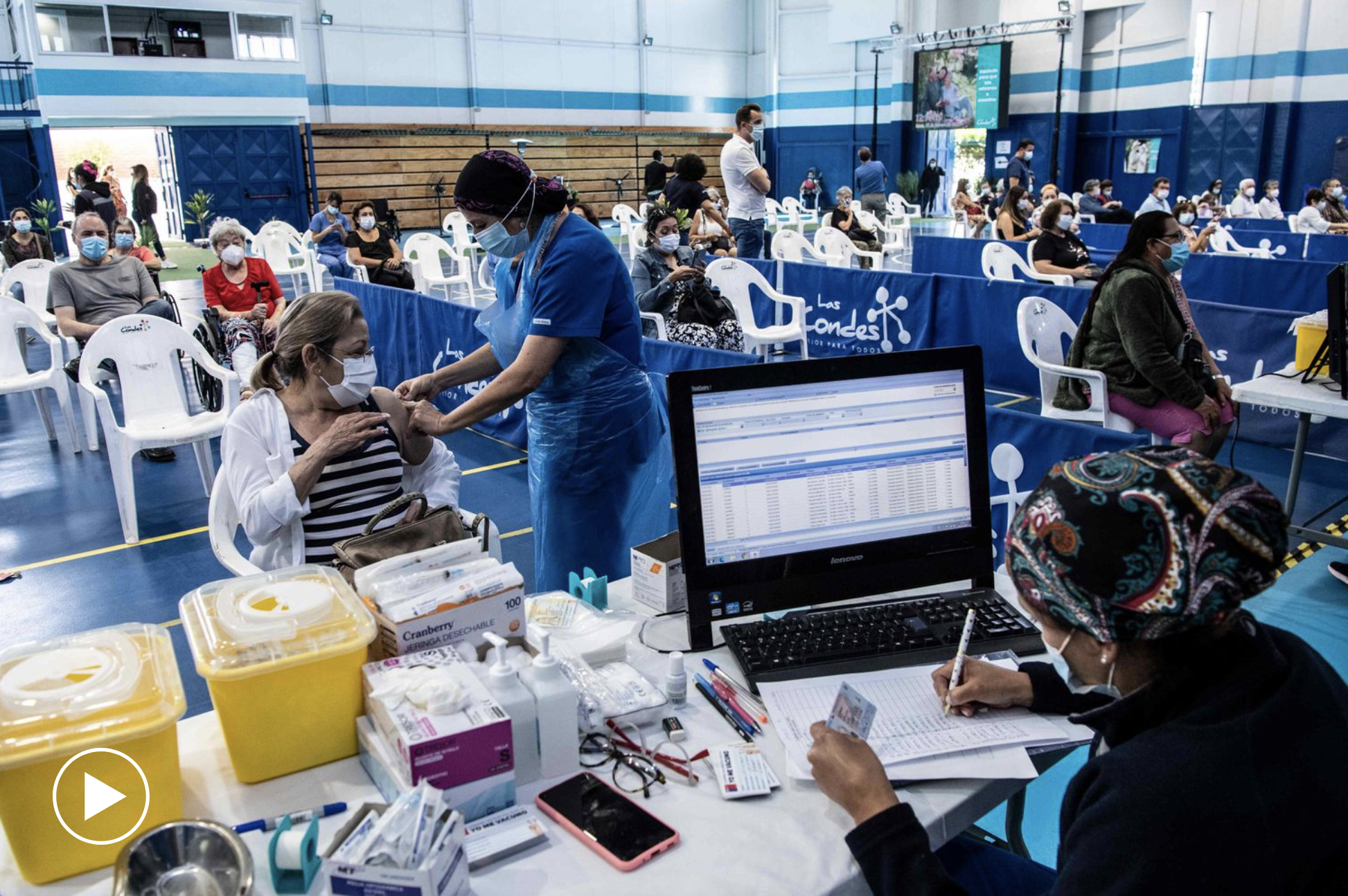 El País: Cómo hizo Chile para vacunar al 16% de su población en solo 21 días