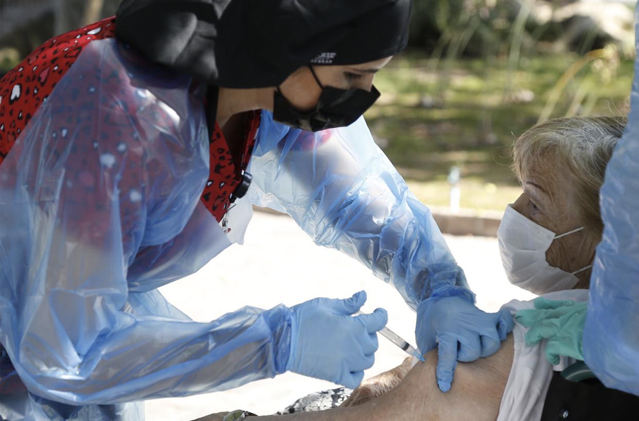 Chile bate su propio récord y llega a los 5 millones de vacunados