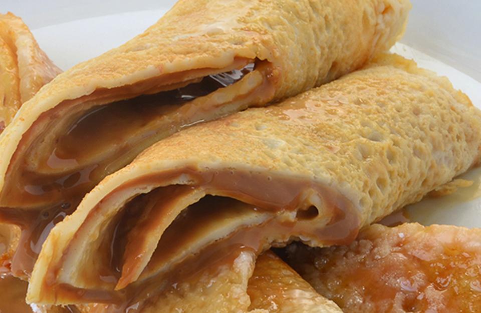 Panqueques con Manjar | Marca Chile