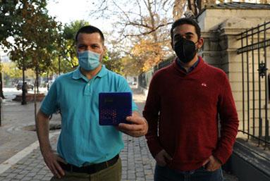 Crean en Chile dispositivo para medir CO2 y evaluar riesgo de contagios por COVID-19