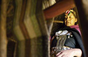 El rol de la mujer en la cosmovisión de los pueblos originarios