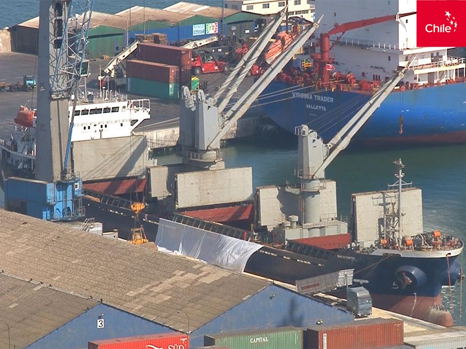 Carga de buque en puerto | Marca Chile | Toolkit