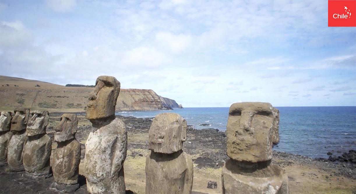 Moais Isla de Pascua | Marca Chile | Toolkit