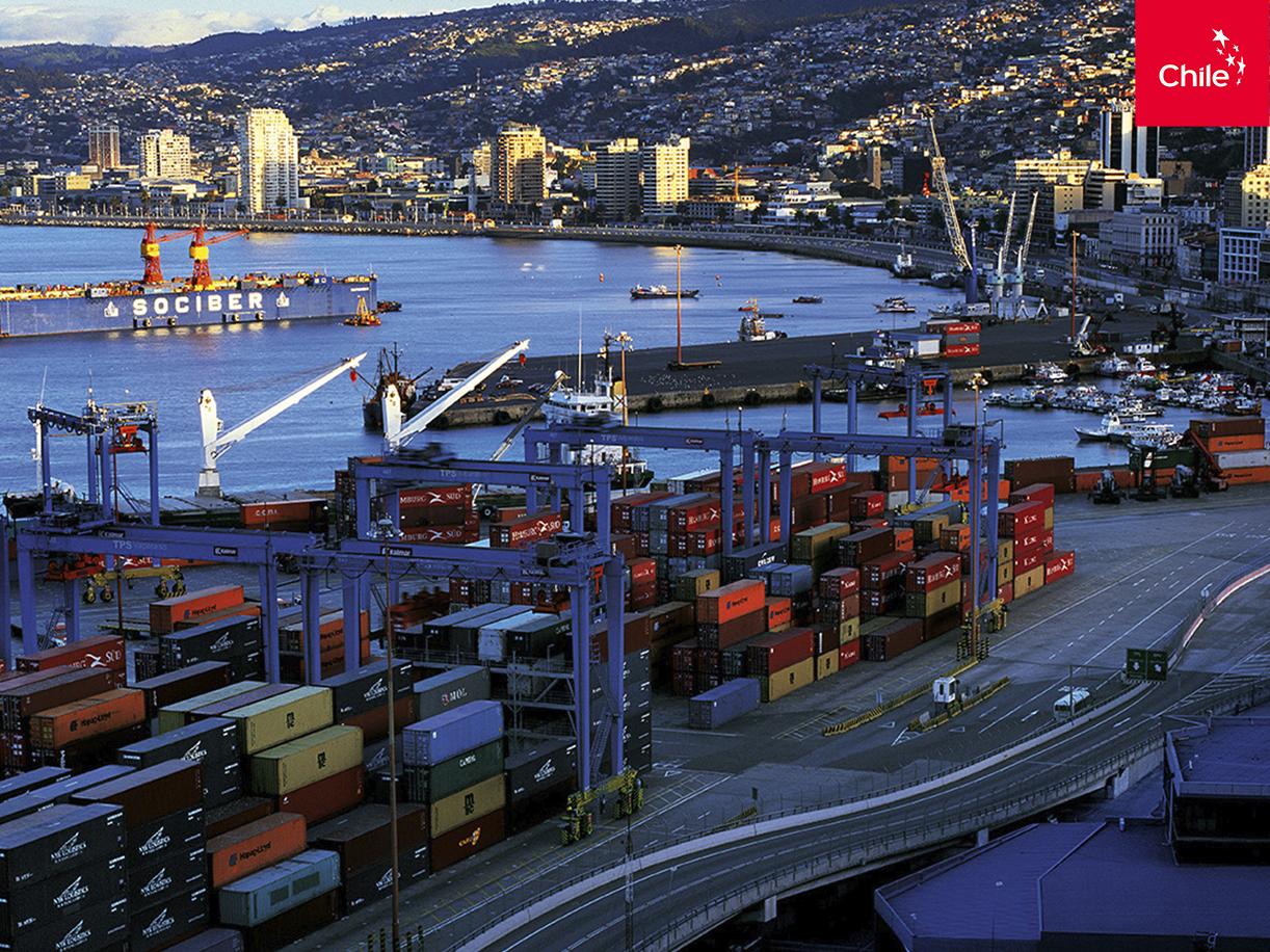 Amanecer en el Puerto de Valparaíso | Marca Chile | Toolkit
