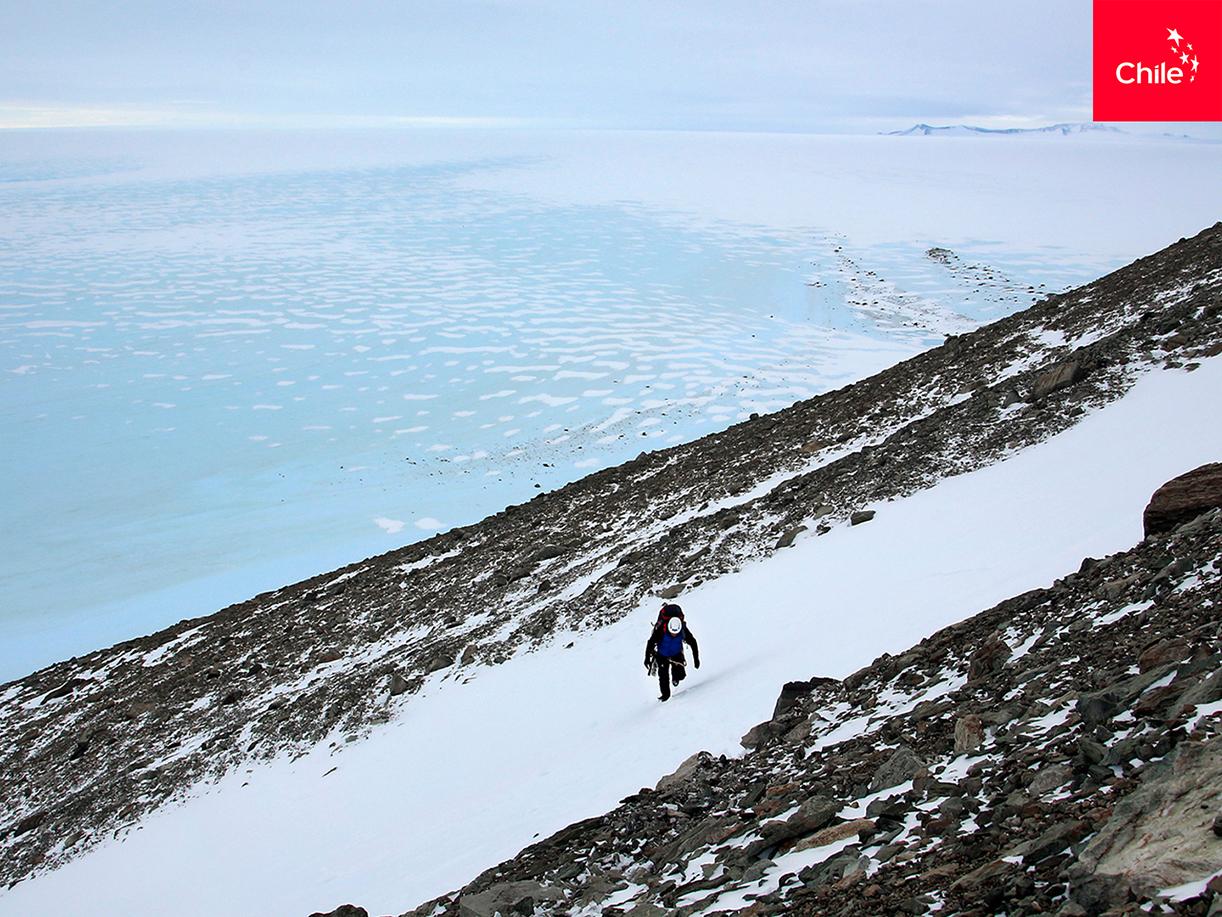 Científicos en Glaciar Unión, Antártica | Marca Chile | Toolkit
